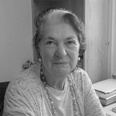 Mrs Erika De Villiers